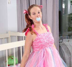 ABDL Sara - Daily Diaper Mom - Diaper Lovers & Adult Baby